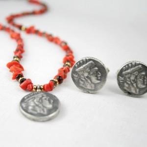 Abguß Münze 925/- Silber geschwärzt als Manschettenknöpfe und als Mittelteil in Koralle-Rauchquarz-Kette